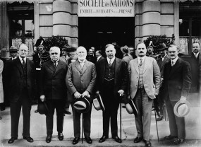 Canadian Delegation, League of Nations. Geneva, Switzerland, 3 Sept. 1938. L to R: O.D. Skelton, Philippe Roy, Raoul Dandurand, Rt. Hon. W.L. Mackenzie King, Charles Dunning, W.A. Riddell.