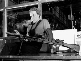 Ronnie the Bren Gun Girl