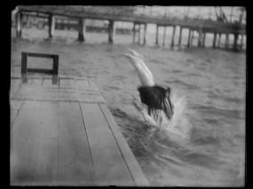Borderblur, or Elaine Golding, Swimmer, ca. 1900.