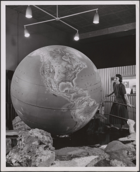 A visitor to the Royal Ontario Museum examines the Bickell Globe.