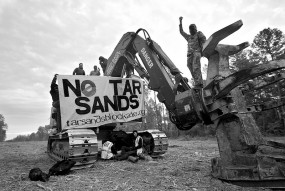 Tar Sands blockade on November 18, 2012