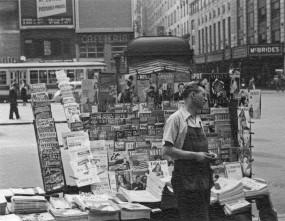 Pulp vendor, June 1942